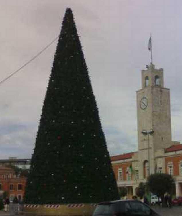 albero-di-Natale-Latina